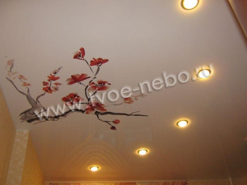 натяжной потолок фотопечать цветок сакуры