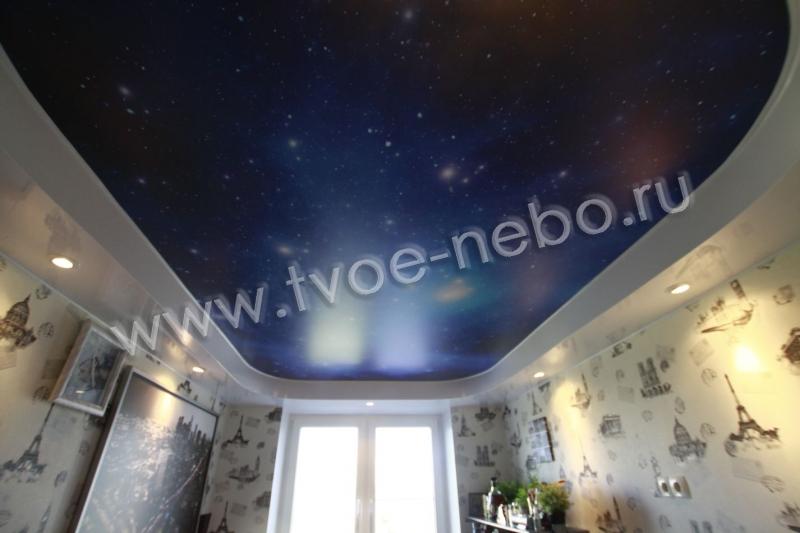 Натяжные потолки в спальню дизайн фото